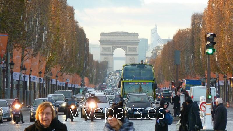 Arco Del Triunfo El Monumento Mas Conocido De Paris Vive Paris